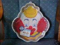 WILTON HAPPY CLOWN CAKE PAN 1989 2105 802 DISCONTINUED FROM WILTONS