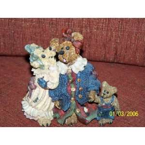 BOYDS BEAR FIGURINE(Louella & Hedda the SECRET) Style