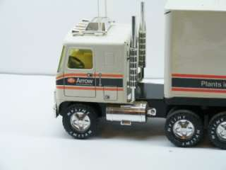 ViNtAgE DEALER ISSUED ARROW AUTOMOTIVE NYLINT TRACTOR TRAILER SEMI
