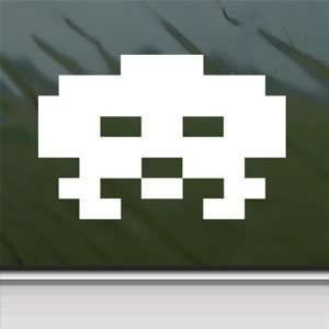 Space Invader White Sticker Wii Car Vinyl Window Laptop