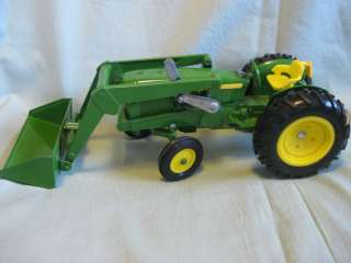 John Deere tractor front end loader ERTL 13 long rubber tires metal